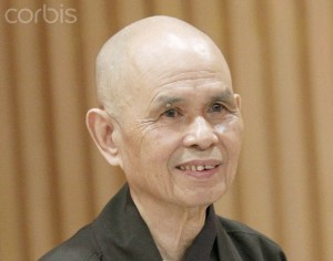 Thich Nhat Hanh visits Calligraphic Meditation Exhibition in Bangkok