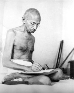Gandhi_writing_1942