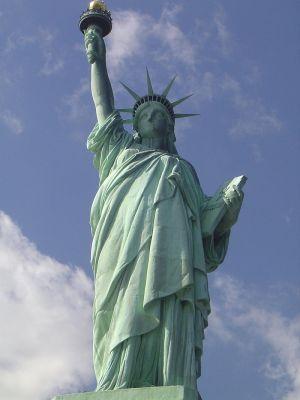 800px-116_NYC_(Liberty_Island)